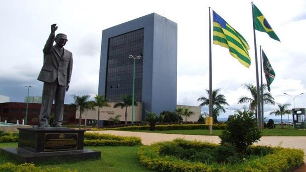 Defensoria Pública pede esclarecimento sobre comprovante de pagamento do IPTU ser requisito para o Renda Família em Goiânia