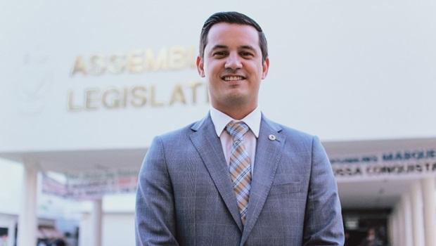 Deputado Estadual propõe passe livre ao desempregado