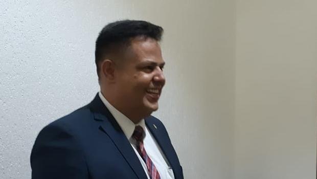 Delegado Eduardo Prado garante sua candidatura a prefeito de Goiânia