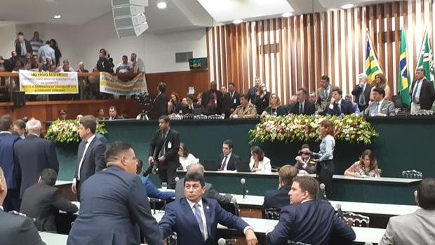 Deputados debatem indicação de parente de Caiado ao Conselho Estadual de Educação