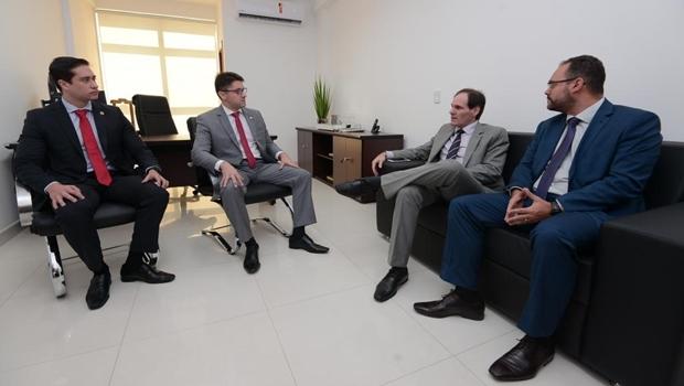 Em parceria com a Alego, trabalho da Defensoria Pública deve ser interiorizado