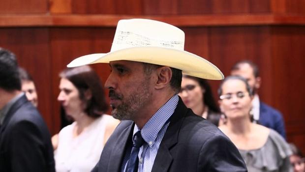Amauri Ribeiro quer CPI na Assembleia para investigar obras paradas do Estado