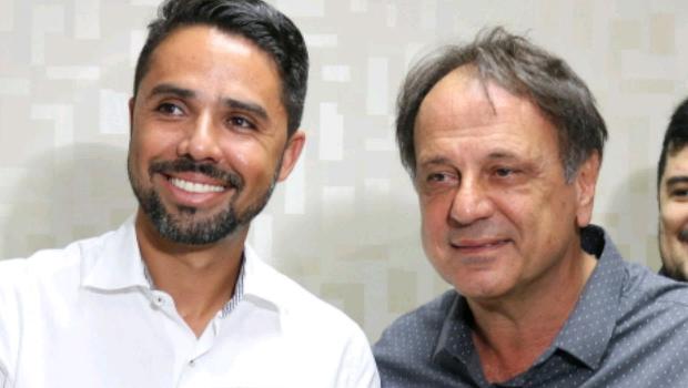 Thiago Simão troca apoio a Daniel Vilela por cargo no governo de Adib Elias