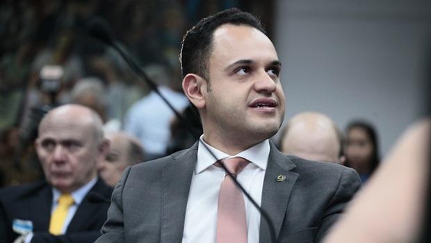 Após reunião de Caiado com ministro, Salim diz que CPI da Enel ganha 'novo gás'
