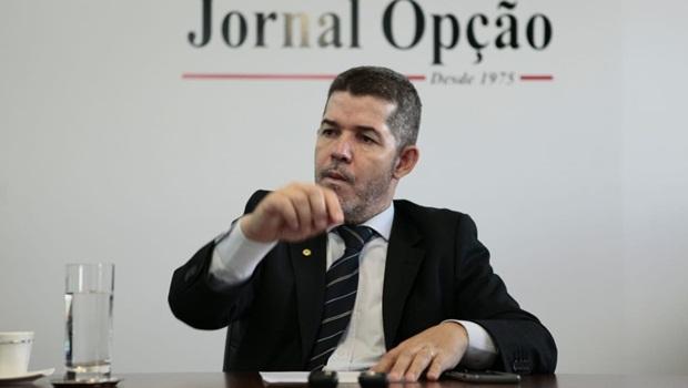Waldir diz que parlamentares sofreram pressão do Executivo, de milícias, ministros e robôs nas redes sociais