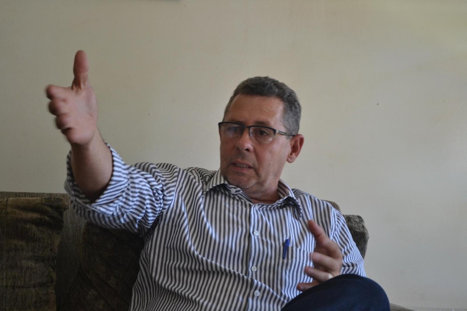 Eleitores de Uruaçu acreditam que Machadinho é o único que pode derrotar Valmir Pedro