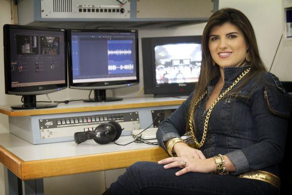 """Apresentadora de afiliada da Globo teria sido demitida por ter """"engordado"""""""