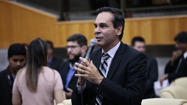 Novo líder defende respeito de secretários à Casa e diálogo sobre planos de cargos e salários