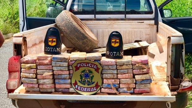 Rotam apreende droga trazida da Bolívia avaliada em mais de um milhão