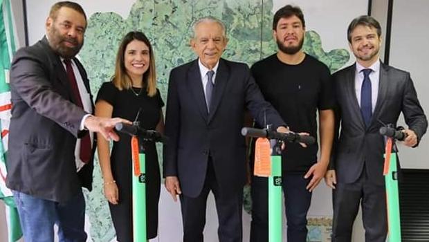 Paulo Magalhães quer ampliar e regulamentar serviço de patinetes na Capital