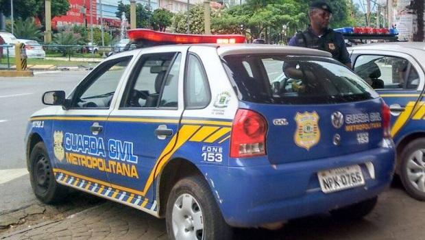 Com documentação atrasada, carros da GCM de Goiânia foram parados na blitz do Estado