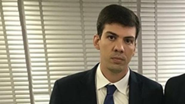 Governo de Goiás recontrata 2,1 mil comissionados