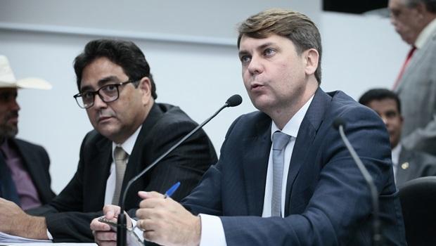 """""""Se orçamento impositivo passar, líder do Governo vai cair"""", prevê Talles Barreto"""