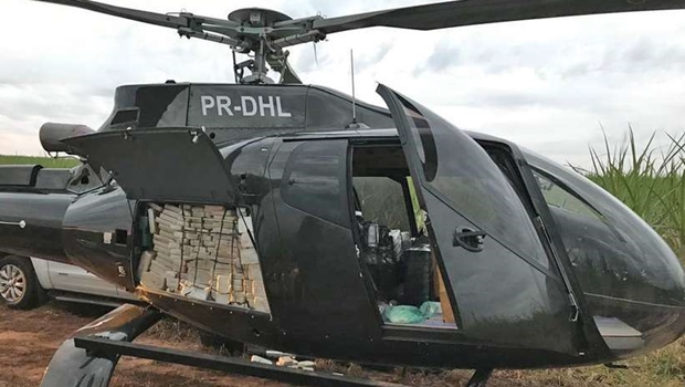 PF apreende helicóptero que transportava meia tonelada de cocaína
