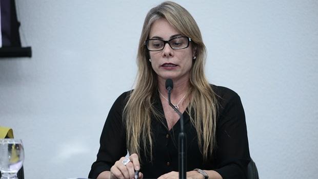 Após fala polêmica, secretária da Economia pode não receber título de cidadã goiana