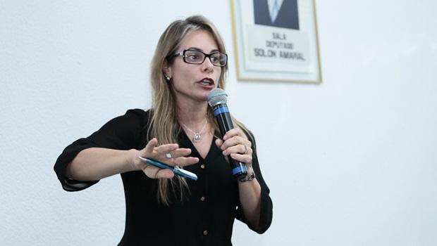 Cristiane Schmidt - Foto Fernando Leite Jornal Opção 195
