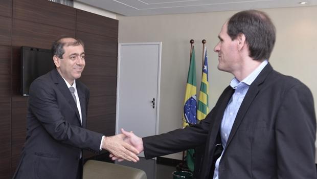Em visita de cônsul do Líbano, Lissauer defende parceria com Estado