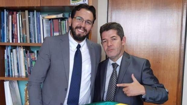 Delegado Waldir e Professor Hugo em busca do nome ideal do PSL para disputar prefeitura de Aparecida em 2020 - Jornal Opção