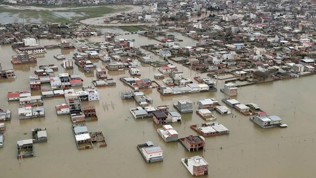 Chuva atinge o Irã e causa enchente na província de Golestan_Jornal Opção