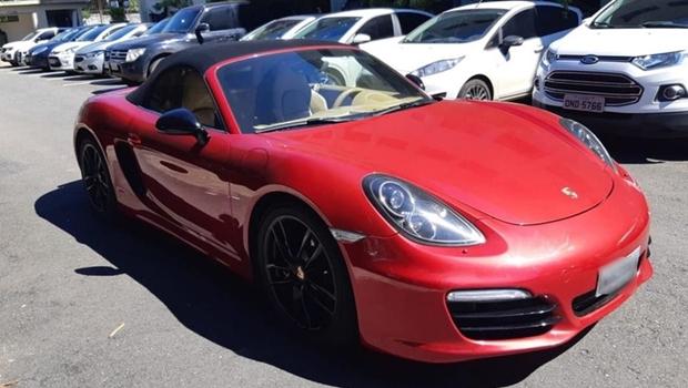 Banco deposita indevidamente R$ 18 mi em conta de empresário, que compra Porsche