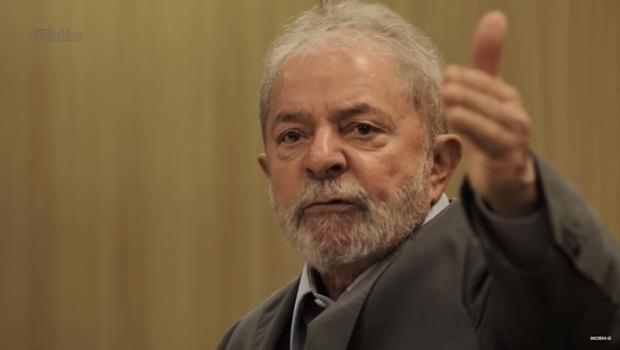 Risos e afagos de Lula aos ataques dos irmãos Gomes deixam dúvidas sobre quem é o babaca