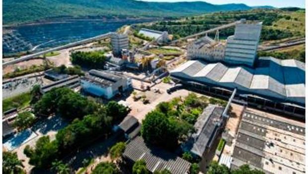 Deputados estaduais aprovam projeto que autoriza extração de amianto em Goiás