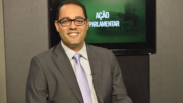 """""""Governo resguarda manutenção de recursos à UEG"""", diz relator sobre créditos adicionais"""