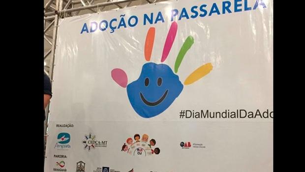 Organizações geram polêmica ao promover desfile de crianças para adoção