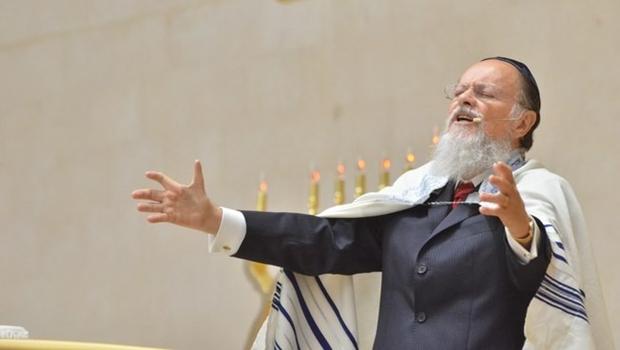 """Durante oração, Edir Macedo pede para que Deus """"remova"""" quem se opõe a Bolsonaro"""