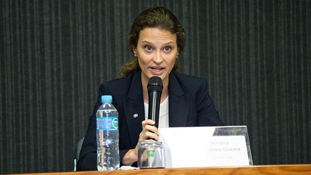 IBGE exonera dois diretores e os substitui por economistas