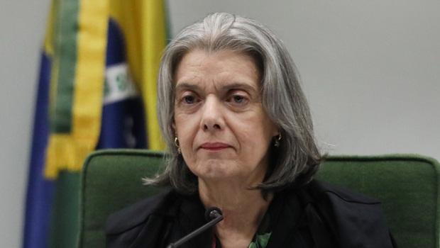 """Cármen Lúcia deu ao Brasil a chance de uma """"desvirada de mesa"""""""