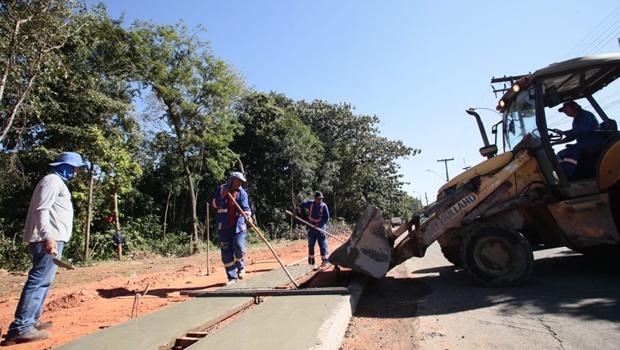Abandonado, Jardim Botânico passa por reforma organizada por cooperativas