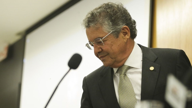 Ministro do STF apoia Bolsonaro se defender por escrito em investigação sobre interferência na PF