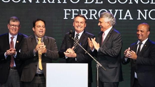 Ronaldo Caiado, com Jair Bolsonaro e Roberto Naves | Foto: Fernando Leite/Jornal Opção