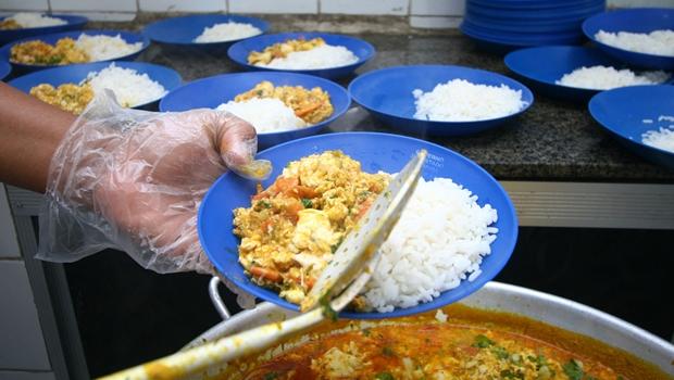 Governo estadual libera terceira parcela de auxílio alimentação para alunos da rede pública