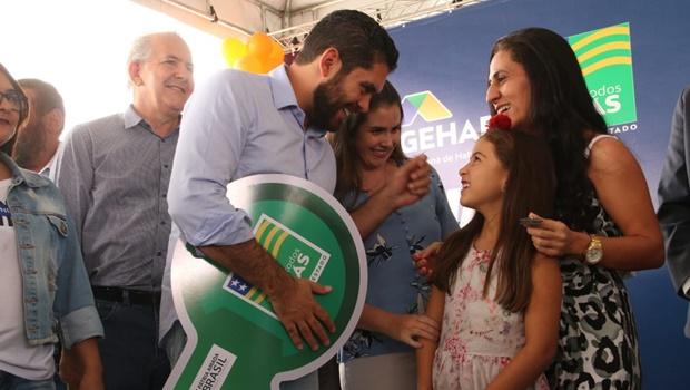 Governo de Goiás entrega 469 apartamentos em Goiânia