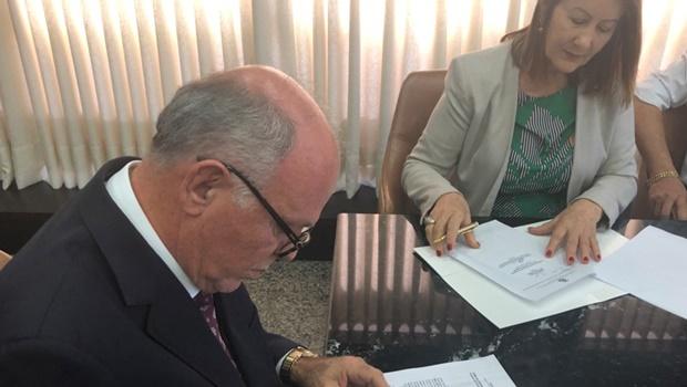 Presidente do TJ-TO e prefeita de Guaraí acertam a regularização fundiária urbana