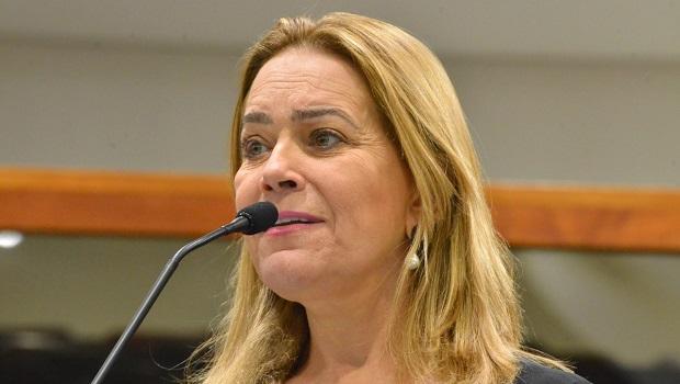 Lêda Borges critica retirada de delegacia de Valparaíso