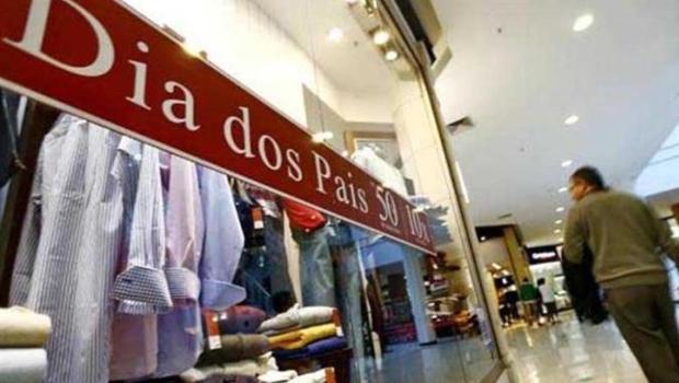 Apesar de tendência de queda nas vendas, lojistas estão otimistas com Dia dos Pais