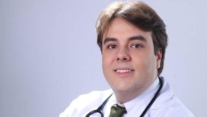 Médico Guilherminho filia-se ao DEM e deve ser candidato a prefeito de Caldas Novas
