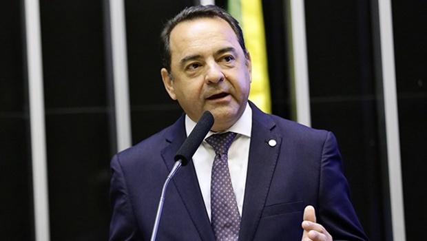 PL de Adriano do Baldy propõe retirada de pedágios para caminhoneiros
