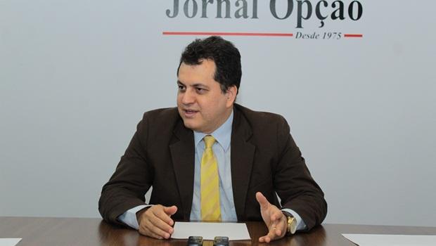 Agenor Mariano seguirá na  Prefeitura, descartando candidatura
