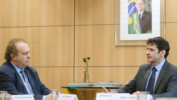Carlesse discute em Brasília a construção de rodovia no Jalapão