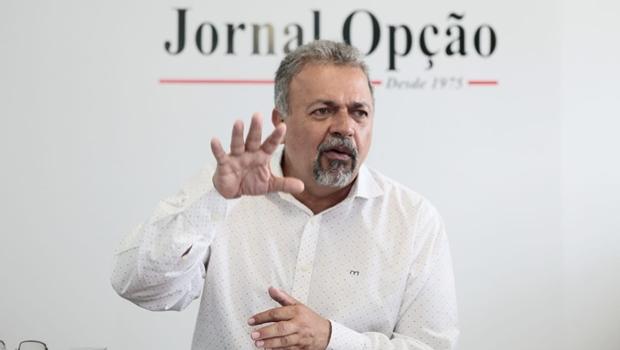 Elias Vaz diz que não recuou e vai disputar a Prefeitura de Goiânia