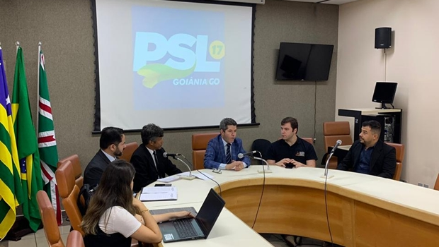 Com presença de Delegado Waldir, PSL Goiânia empossa membros do Conselho de Ética