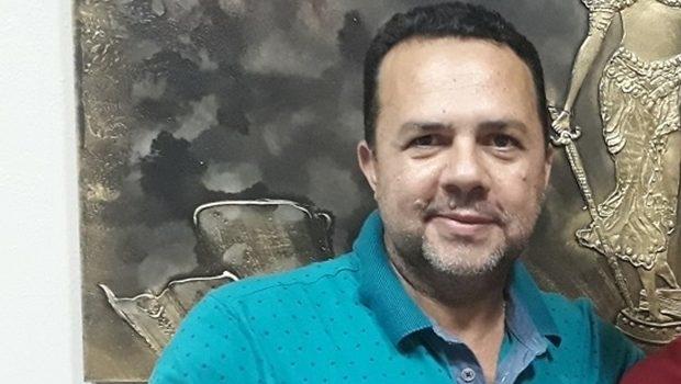 Vilmar Rocha aposta na reeleição do prefeito de Niquelândia