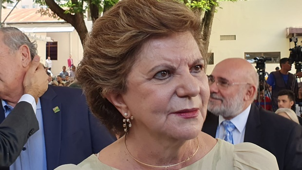 Ao deixar secretaria, Lúcia Vânia diz que pretende sair candidata em 2022