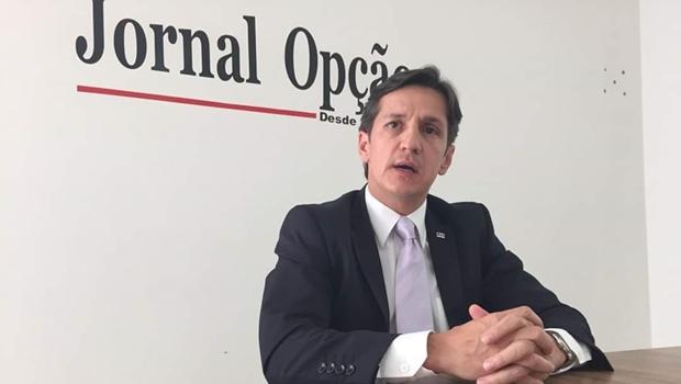 """""""Decisão não vai abrir as portas das prisões e presídios"""", diz advogado sobre posicionamento do STF"""