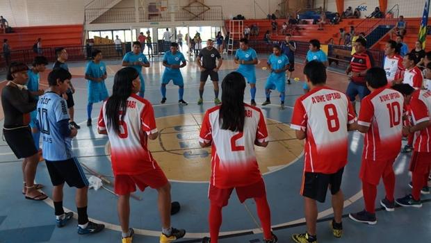 Primeira edição dos Jogos Indígenas reúne mais de 200 atletas em Goiânia
