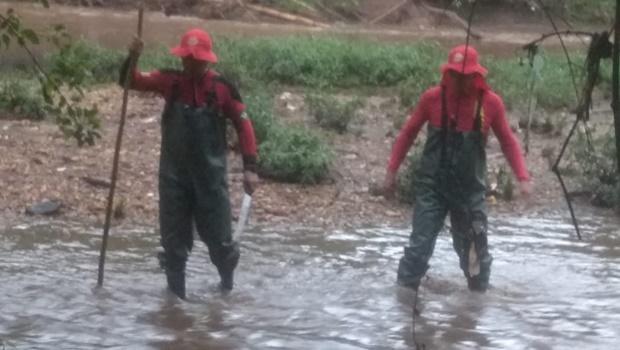 Corpo de Bombeiros encontra no Rio Meia Ponte o corpo de jovem desaparecido